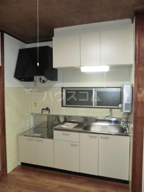 メゾンドオーツカ 203号室のキッチン