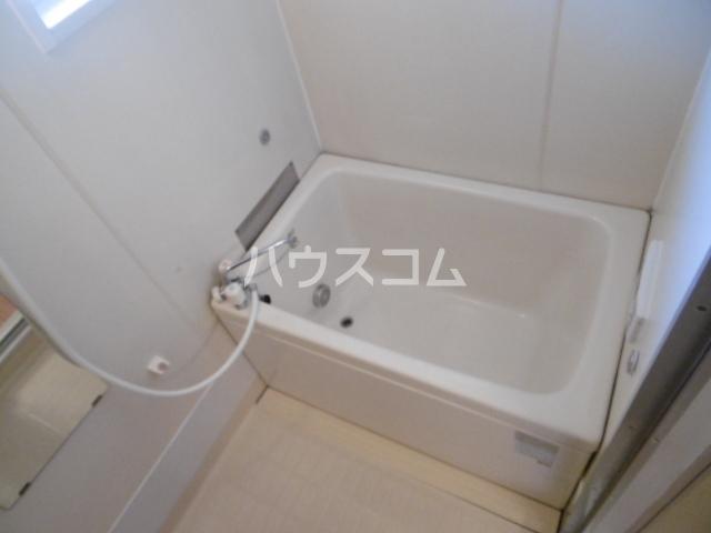 エルハウス五香 102号室の風呂
