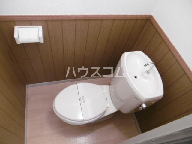 エルハウス五香 102号室のトイレ