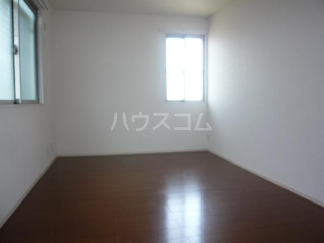エクレール新栄 A棟 302号室のベッドルーム