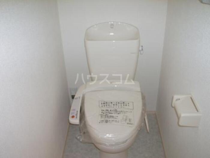 エクレール新栄 A棟 302号室のトイレ
