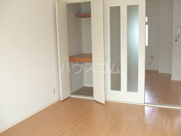 グランドゥール八柱 C101号室のベッドルーム