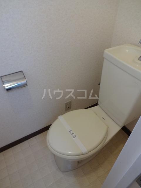 コープサンコー 302号室のトイレ