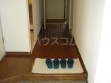 コンフォース 00101号室の玄関