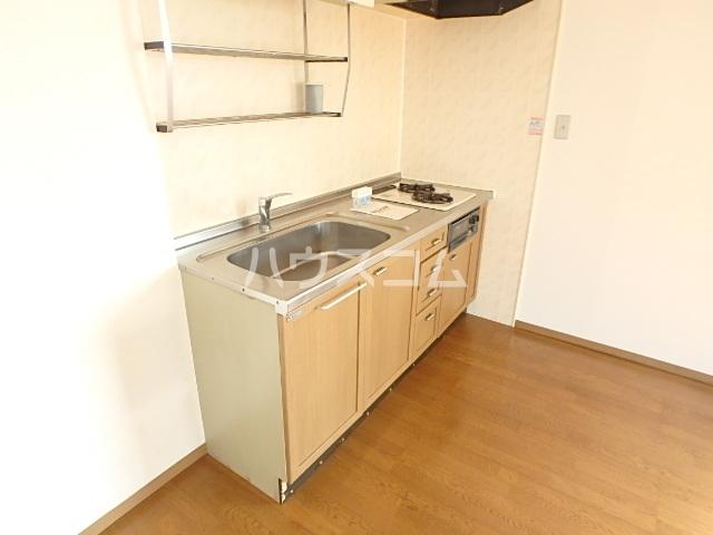 サニーコート田辺B 205号室のキッチン