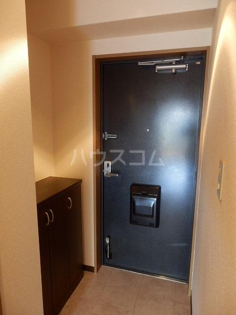 メゾンドラピュタⅡ 201号室の玄関