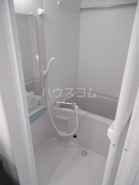 リブリ・TATSUMI 305号室の風呂
