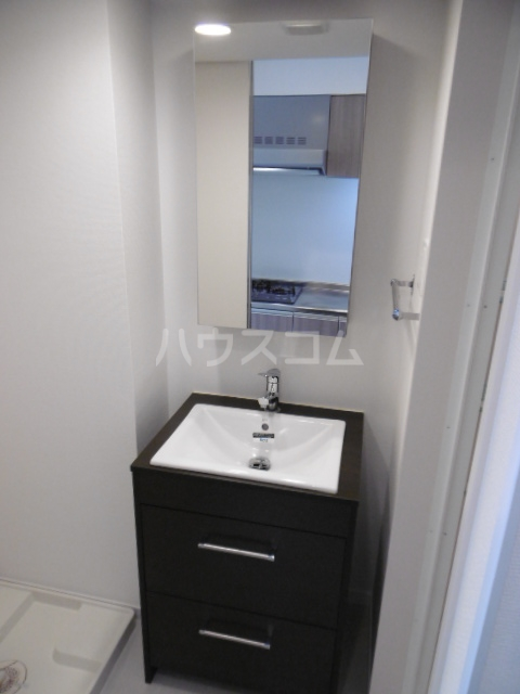 リブリ・TATSUMI 305号室の洗面所