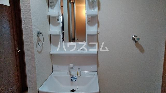 コーポひかり 101号室の洗面所