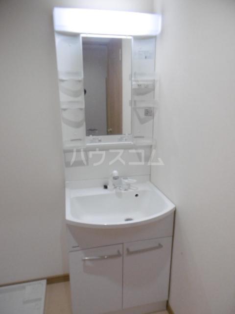 トーマス 304号室の洗面所