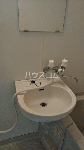 ラメール 105号室の洗面所