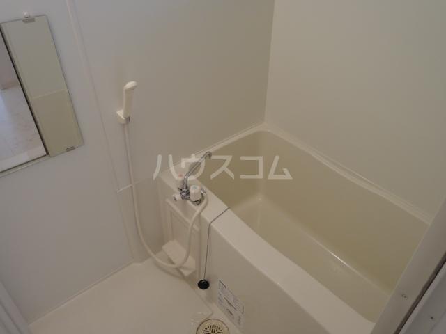 レセンテ豊田 202号室の風呂