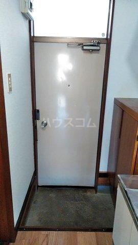 ハイツ山田 103号室の玄関