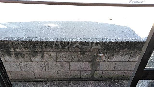 ハイツ山田 103号室のバルコニー