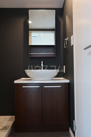 アソシエⅡ 203号室の洗面所