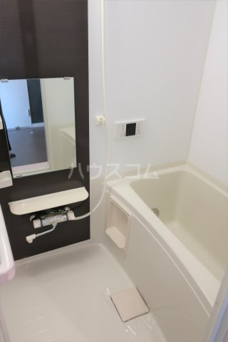 アソシエⅡ 203号室の風呂