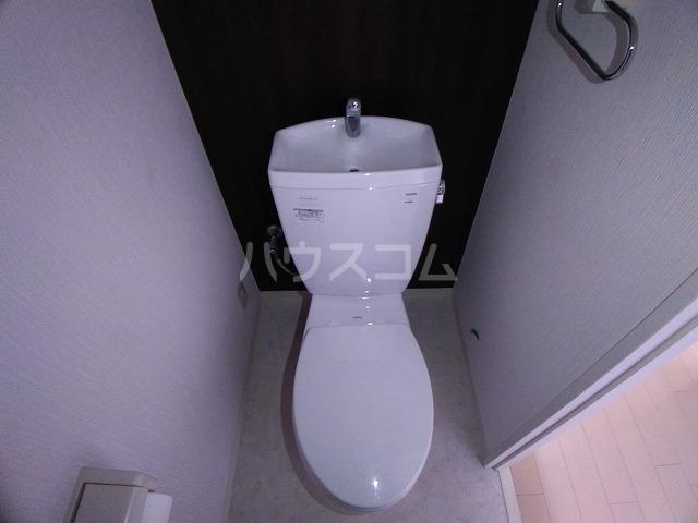 ラフィネ所沢 00502号室のトイレ