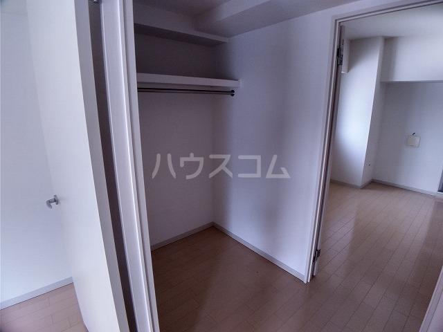 ラフィネ所沢 00502号室の収納
