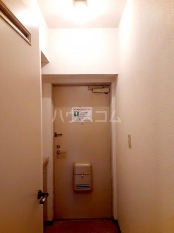 ハイツ東菅野 102号室の玄関