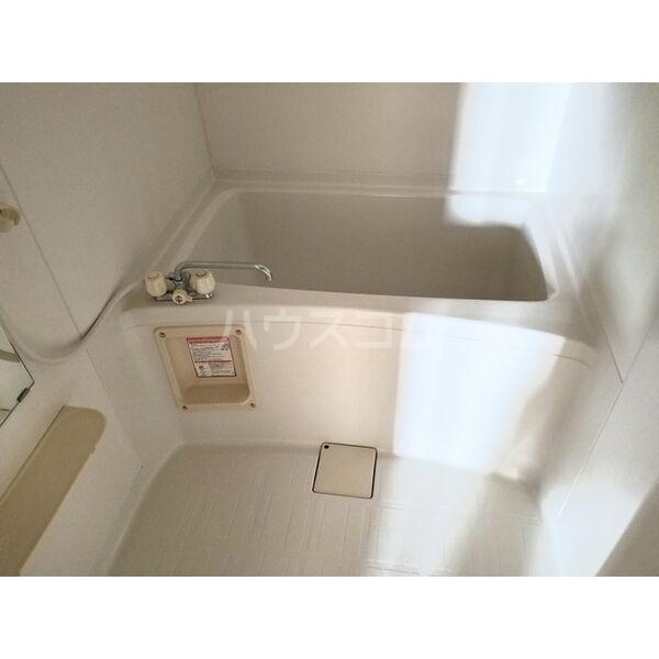 アヴァンデンスJUN 204号室の風呂