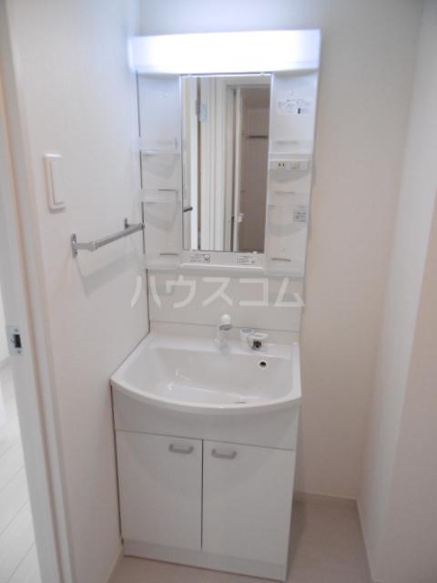 リブリ・二十世紀が丘 106号室の洗面所