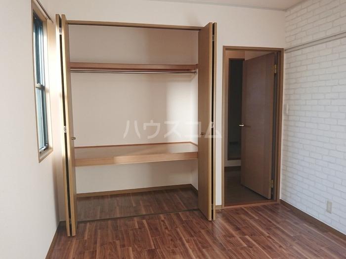 ソシアパートⅢ 203号室の収納