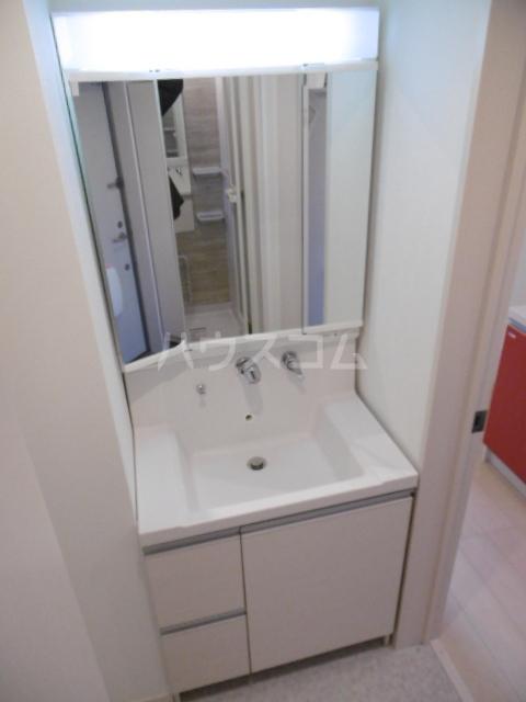 Glanz新松戸 105号室のトイレ