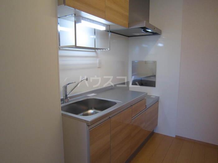 サンライフA棟 201号室のキッチン