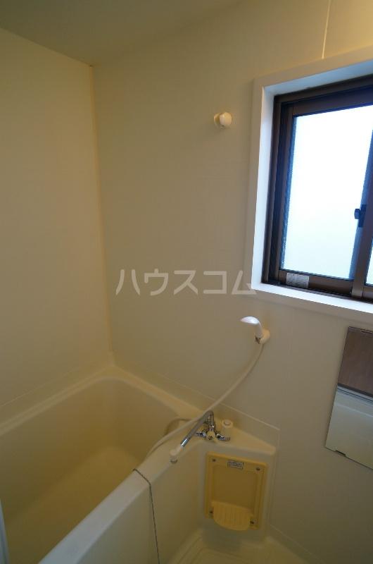 パルコート 301号室の風呂