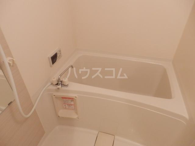 T・I-SQUARE 202号室の風呂