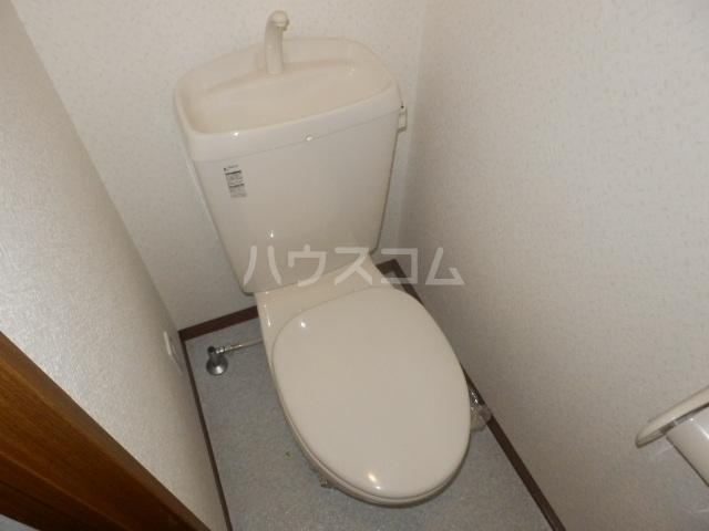 T・I-SQUARE 202号室のトイレ