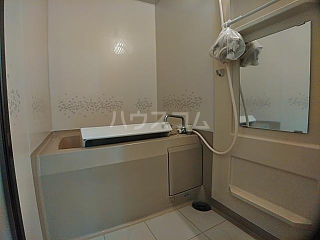 スリーエイト北町 110号室の風呂