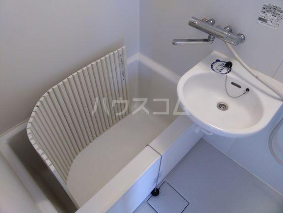 セルティ鳴海 201号室の風呂