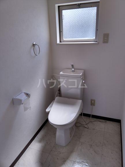 セルティ鳴海 201号室のトイレ