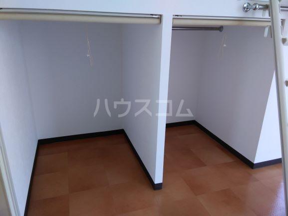 セルティ鳴海 201号室の収納