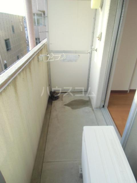 シャルム大堀 301号室のバルコニー