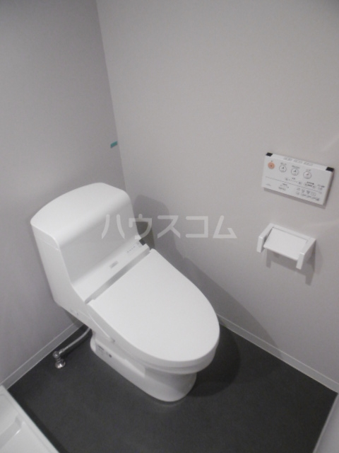 ウィステリア上本郷 101号室のトイレ