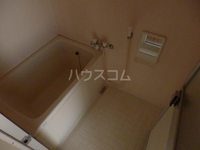 ラフォーレ鳴海 3C号室の風呂