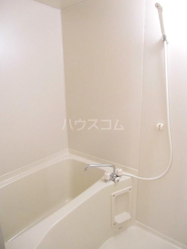 アンソレイユⅡ 103号室の風呂
