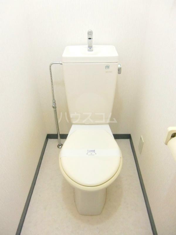 アンソレイユⅡ 103号室のトイレ