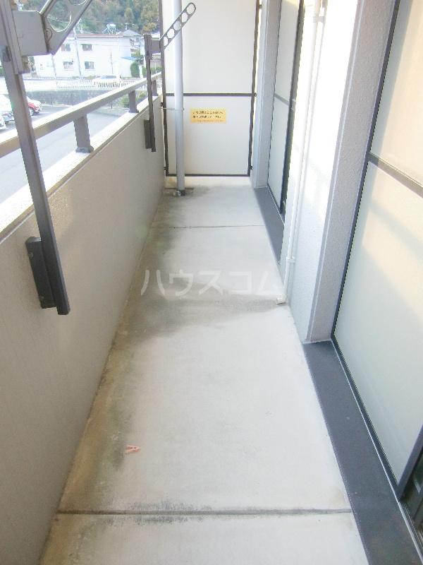アンソレイユⅡ 103号室のバルコニー