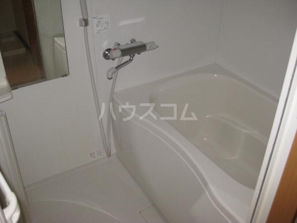 ブランシェ 平手南 102号室の風呂