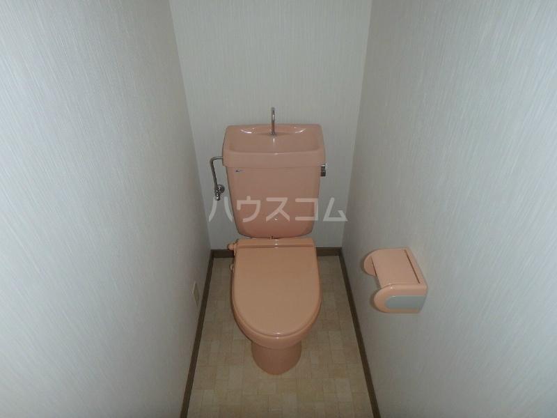 リバティヒル幸E 202号室のトイレ