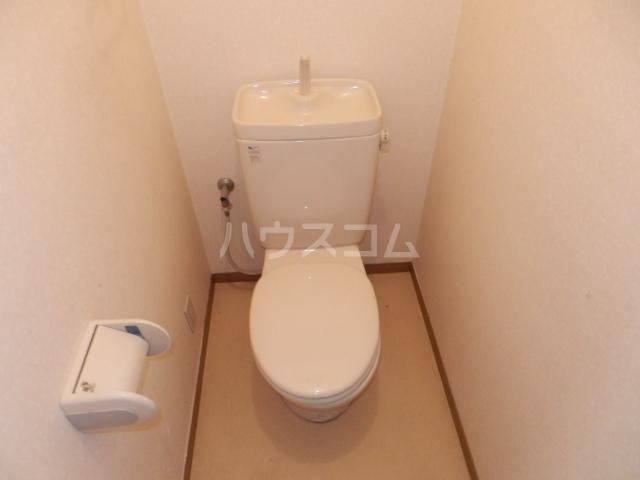 シャトー栗見坂Ⅱ 202号室のトイレ