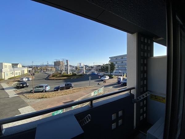 ノーブルスクエア 208号室の駐車場