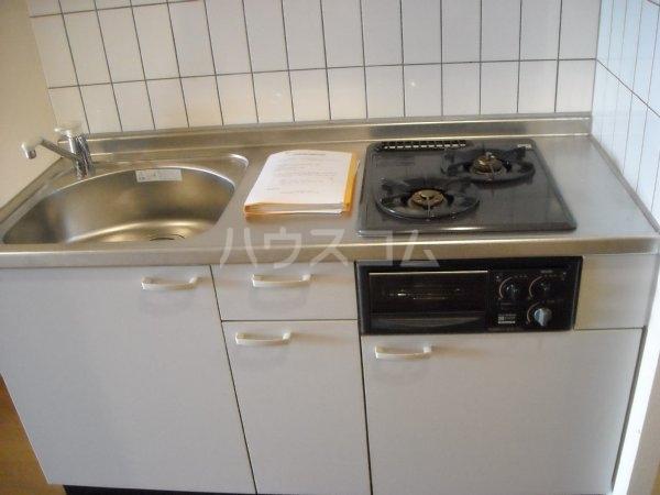 ノーブルスクエア 405号室のキッチン