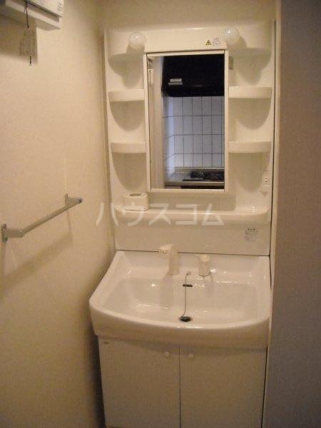 ノーブルスクエア 405号室の洗面所