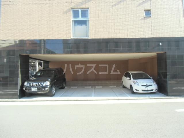 ユニファイ新瑞橋 8C号室の駐車場