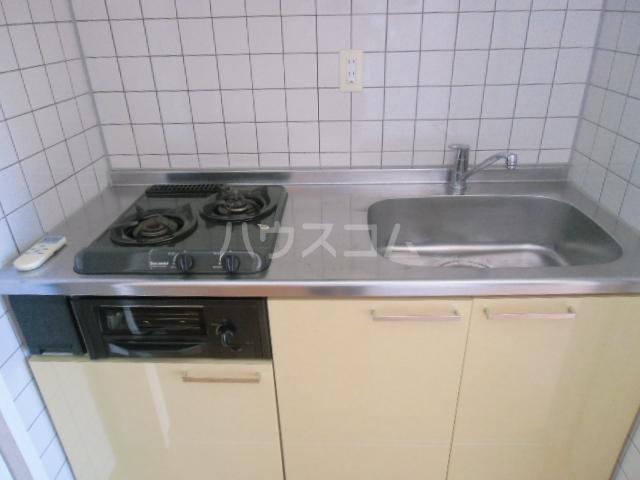 ユニファイ新瑞橋 8C号室のキッチン