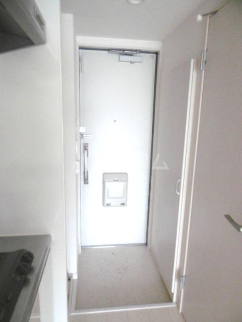 リブリ・オルテンシア 211号室の玄関